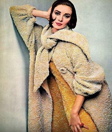 Wilhelmina Cooper - 180 cm, prsa: 96 cm, pas: 60 cm, boky: 91 cm. Tato ambiciózní žena dokonce založila vlastní modelingovou agenturu a to v roce 1967 v New Yorku. Wilhelmina zemřela v pouhých 40 letech na rakovinu.