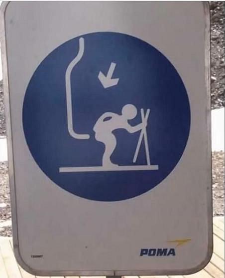 Nasednout nahoru na lanovku, ne podle obrázku. To by bolelo.