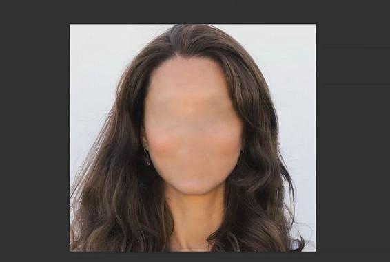 První přišly na řadu vlasy. Poznáte, komu patří? Nápověda: Před časem porodila následníka trůnu.