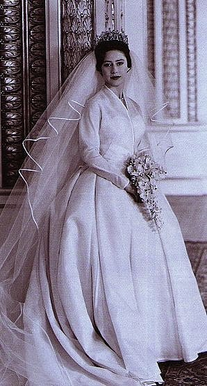 Princezna Margaret, sestra Alžběty II., při své svatbě v roce 1960.
