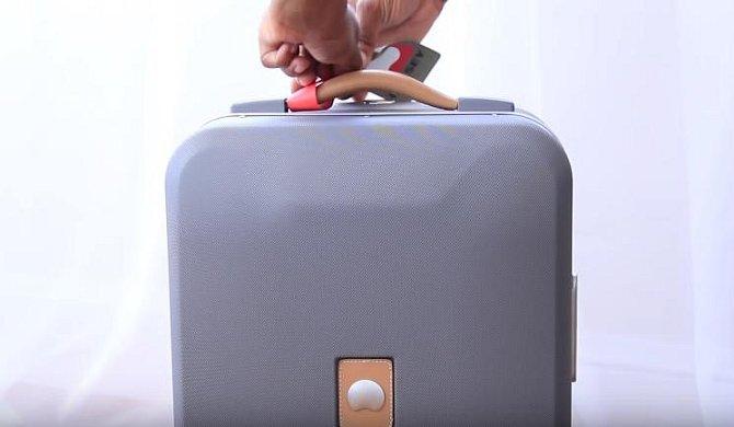 Geniální návod, jak si zabalit spoustu věcí do malého kufru!