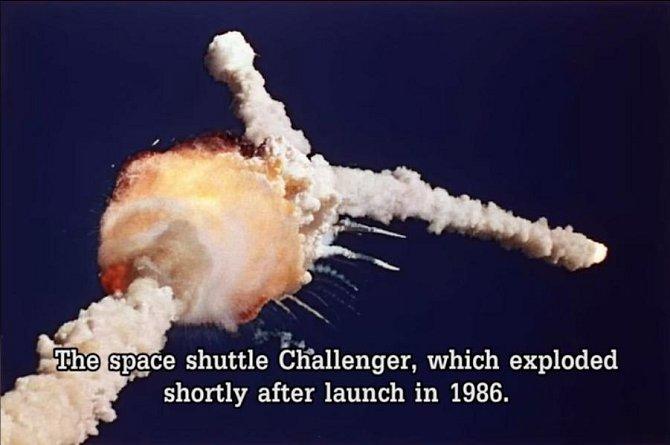 Exploze raketoplánu Challenger v roce 1986. Plavidlo vybuchlo krátce po startu.