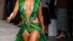 Jennifer Lopez na posledním týdnu módy pro značku Versace