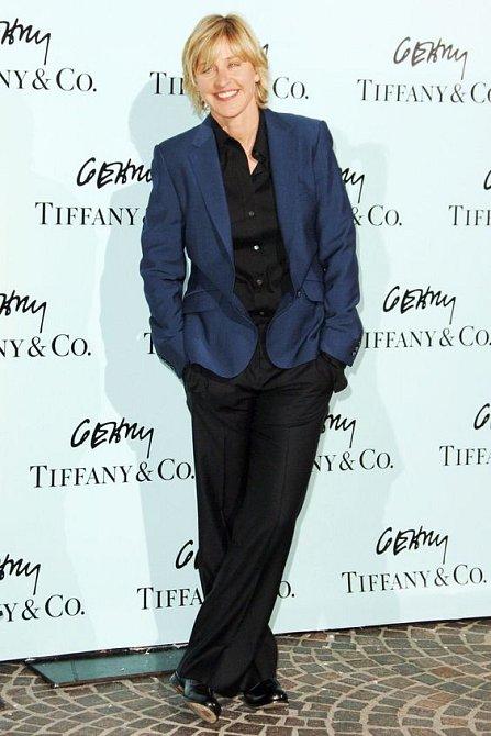 Ellen DeGeneres delší vlasy moc nepomohly