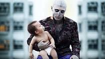 Rick Genest, kterému ale svět modelingu neřekne jinak než Zombie Boy.