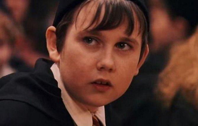 Harry Potter a Kámen mudrců - Matthew Lewis coby Neville Longbottom