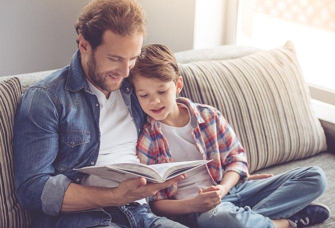 Zatímco vy relaxujete nebo se věnujete svému koníčku, musí se naplno zapojit rodina. Bez výčitek.