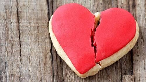 Jak žít se zlomeným srdcem. Jde to vůbec?