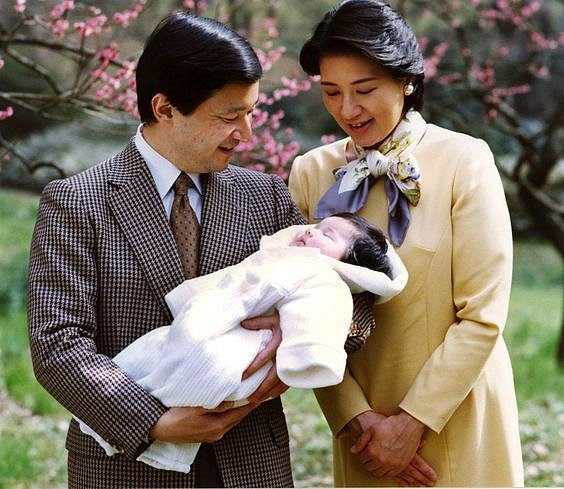 Korunní princ Naruhito, princezna Masako a dcera Aiko