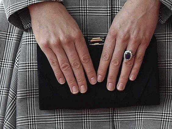 Vévodkyně Kate má prsten po princezně Dianě.