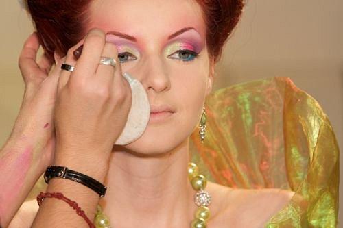 Surface_CODA makeup