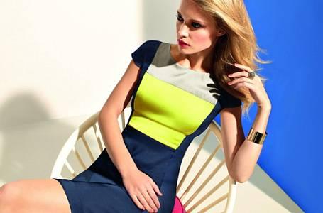 Móda: Zazářete v trendy neonových odstínech
