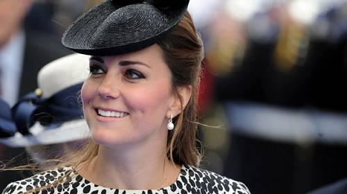 Horký kafe ze světa celebrit - Vévodkyně Kate, těhotenství si nakonec užila
