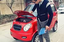 Jedno z nejlevnějších čínských aut na elektrický pohon stojí v přepočtu 60 tisíc Kč