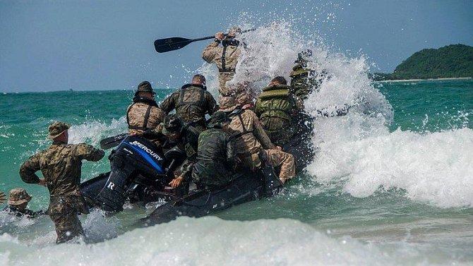 Vojáci bojují za své rodiny.