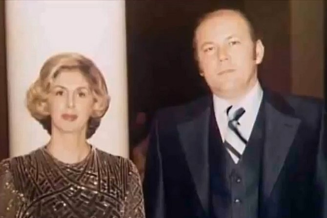S manželkou Barbarou byl od roku 1960. O jeho práci nevěděla.