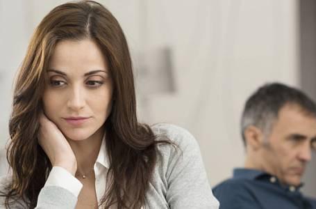 Za nevěru ženy může stres a geny