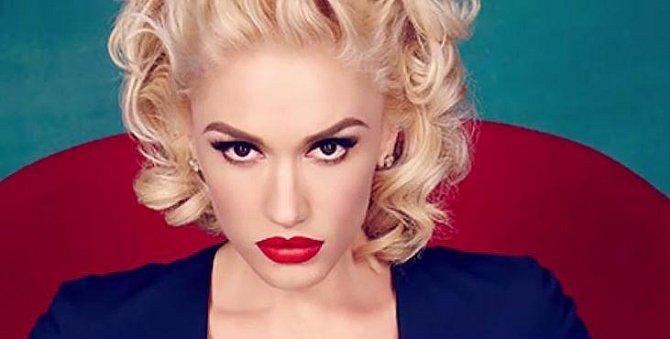 Gwen Stefani se nedávno rozvedla s otcem svých dětí - Gavinem Rossdalem. Nyní je šťastná v novém vztahu s country zpěvákem Blakem Sheltonem.