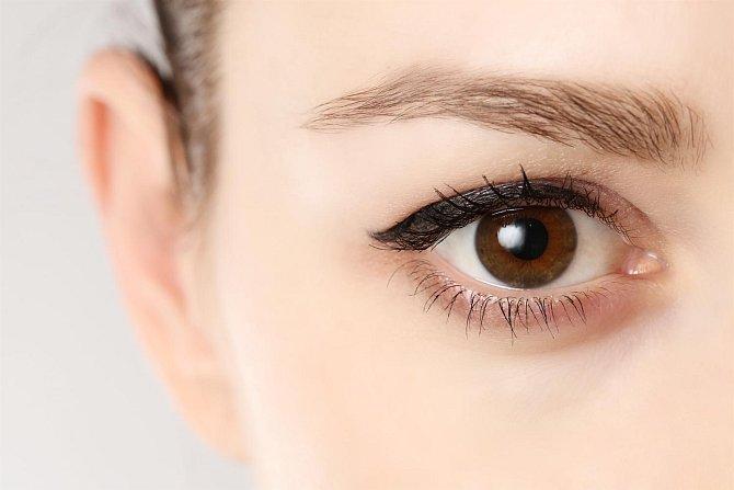 Co prozradí barva očí?
