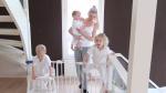Péče o nejmenší členy rodiny zabírá nejvíce času.