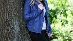 Celkový vzhled ještě krásně podtrhla bundička v odstínu královské modré