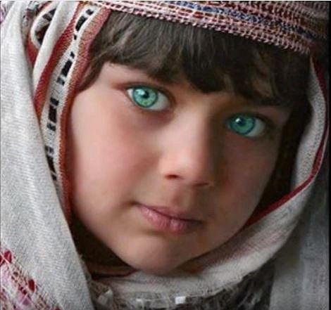 Už ve starém Egyptě byly zelené oči symbolem krásy a vyššího původu