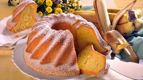 TOP recepty: Sladkosti z banánů (2. díl) - řezy, bábovka i koláč