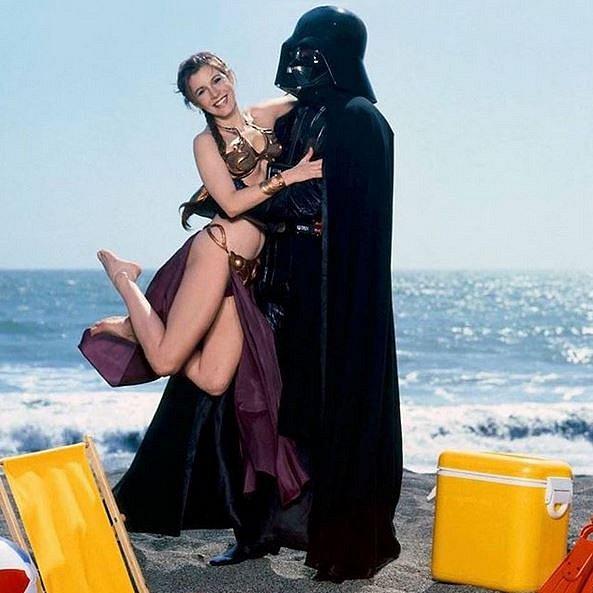 Princezna Leia s tátou na pláži 1983