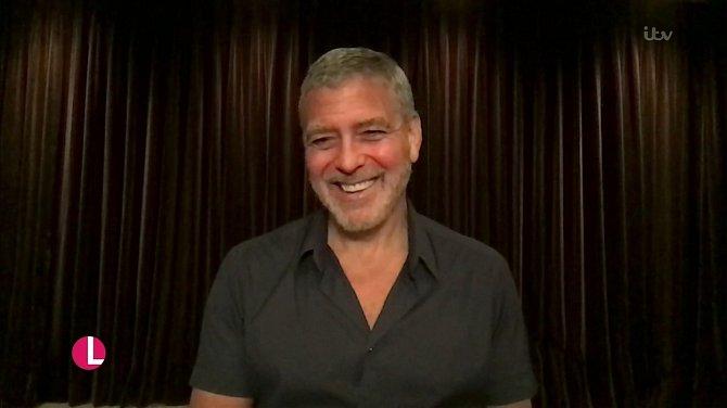 Kdo si alespoň trochu pamatuje kariéru George Clooneyho, ví, že vztah tohoto herce k televizi je víc než vřelý
