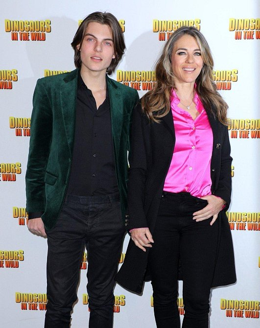 Elizabeth se synem Damianem