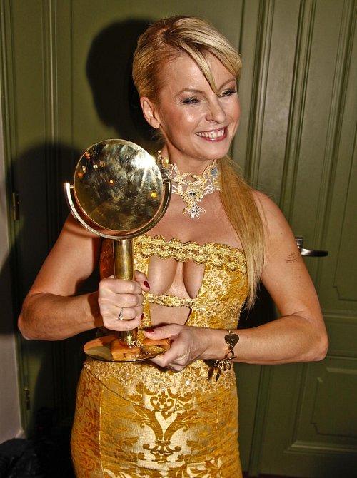 Právem byla Iveta Bartošová označována za princeznu české pop music.