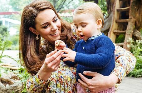 Podívejte se, kde tráví dovolenou královská rodina