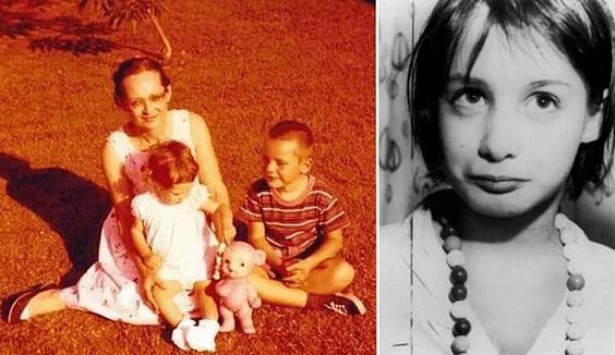 Jedna z mála fotek s rodinou.
