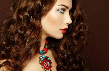 Móda: Blýskněte se šperkem