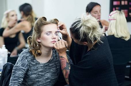 Odhadnete, co je podstatné na make-upu nevěsty?