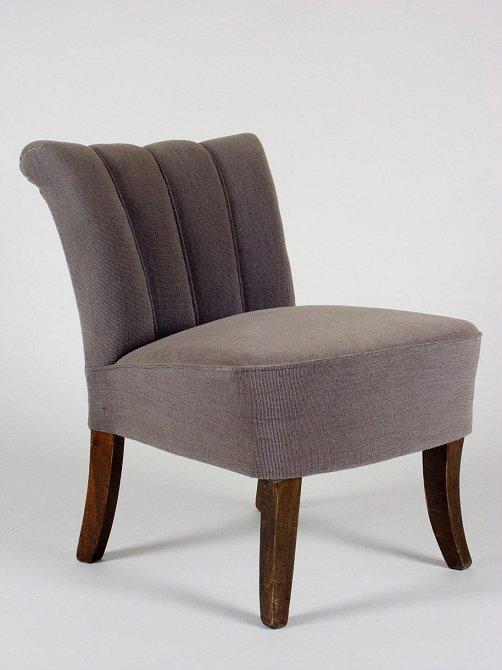 Bytelná židle z dvacátých let minulého století.