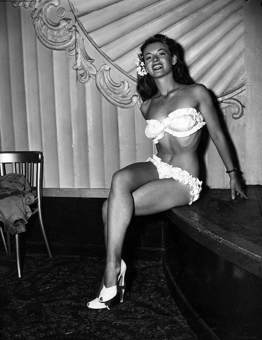 Aeleen Chase na Miss World 1951