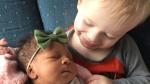 Díky adopci jsou sourozenci opět spolu.