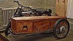 Motocykl a rakev v jednom