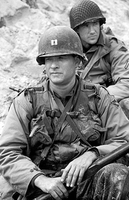 Edward Burns započal svou hereckou kariéru ve filmu Zachraňte vojína Ryana.