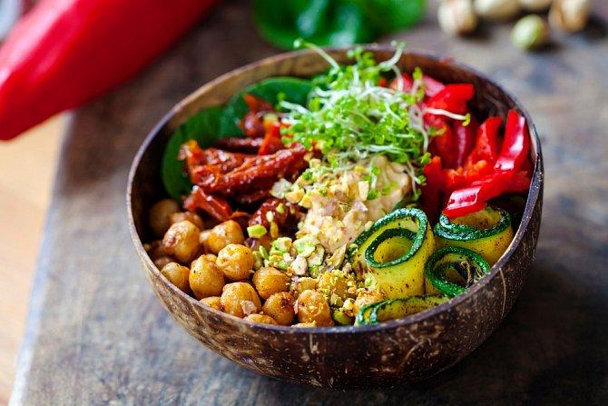 Díky klíčení poznáte nové chutě, osvěžíte zajetá a fádní jídla a dodáte tělu spoustu prospěšných látek.