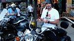Scott Patterson je vášnivý motorkář.