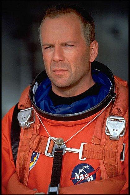 V Armageddonu Bruce Willis zachránil svět, před Zlatou malinou se ale neschoval.
