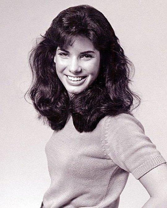 Sandra na začátku kariéry vypadala starší, než je tomu teď.