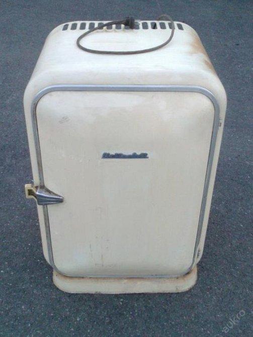 Nezapomenutelná lednička Elektrosvit.