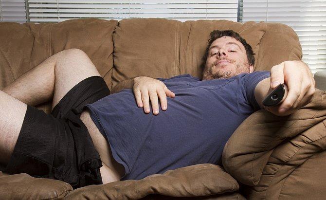 Váš partner nakonec také nemusí být tím líným polštářem, který doma nic neudělá a je mu všechno jedno.
