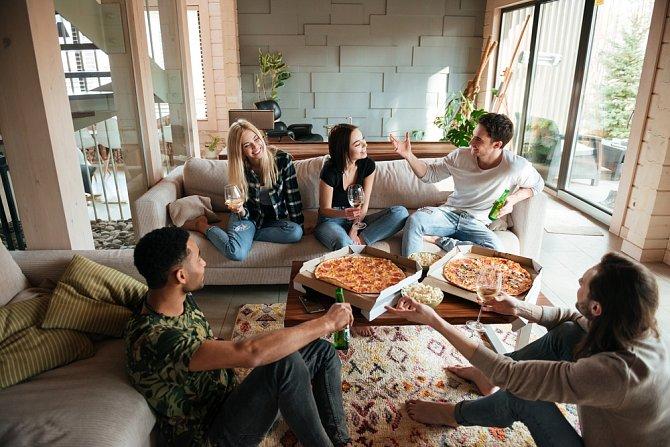 Přátel není nikdy dost, ale častější návštěvy se musí naplánovat podle režimu obou partnerů.