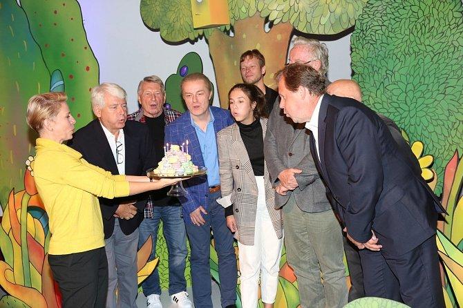 Studio Kamarád dodnes patří mezi nejoblíbenější dětské pořady České televize.