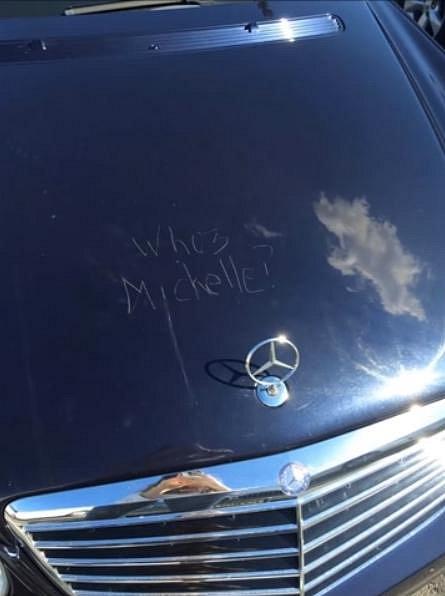 Taky by nás zajímalo, kdo je Michelle?