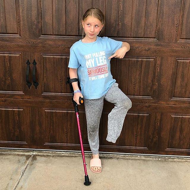 Rakovina jí sebrala nohu, ale životní elán zůstal.